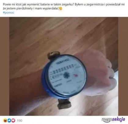 Powie mi ktoś jak wymienić baterie w takim zegarku?. Śmieszne. Beka. Fejzbuk. Fejsbuk