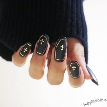 co powiecie na takie paznokcie?