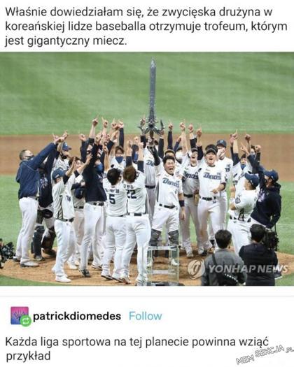 Gigantyczny miecz nagrodą w Koreańskiej lidze baseballowej
