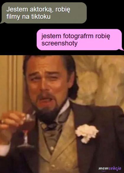 Fotograf robi screenshoty