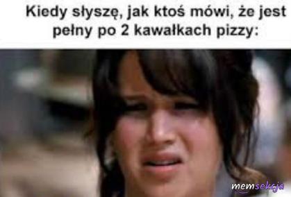 Amatorzy jedzenia pizzy