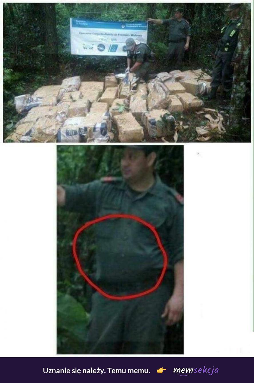 Znaleźliśmy 950kg kokainy. Śmieszne. Narkotyki. Przekręt