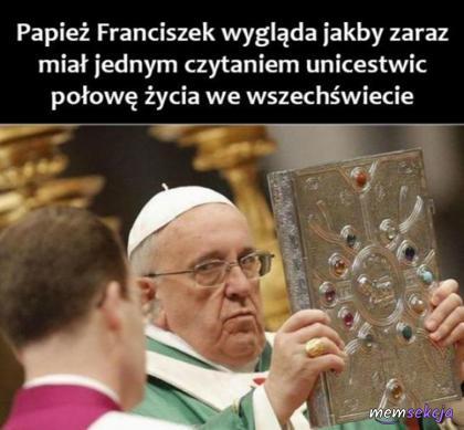 Papież rzuca zaklęcie