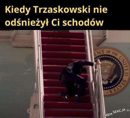 Trzaskowski nie odśnieżył schodów