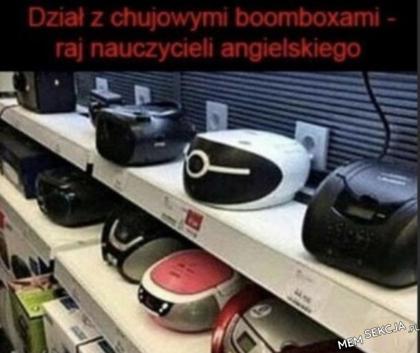 Raj nauczycieli angielskiego - dział z boomboxami