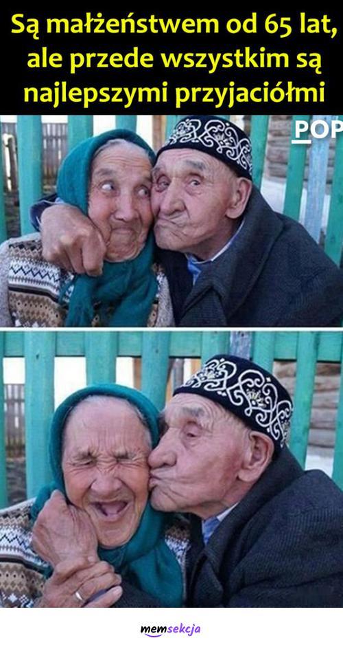 Są małżeństwem od 65 lat. Pozytywne. Małżeństwo. Starsze  Małżeństwo